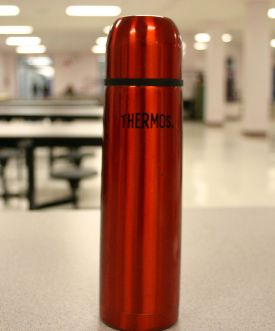639px-Thermos